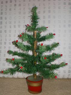 "VINTAGE GERMAN MINIATURE FEATHER CHRISTMAS TREE. TABLE DECORATION. 16.5"" TALL"