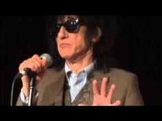 ▶ John Cooper Clarke - Evidently Chickentown - Latitude Festival 2012 - YouTube