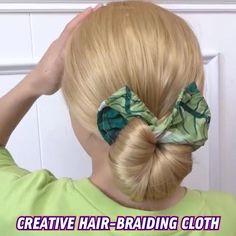 Scarf Hairstyles, Summer Hairstyles, Braided Hairstyles, Hair Scarf Styles, Curly Hair Styles, How To Bun, Thick Curly Hair, Hair Dos, Hair Hacks