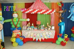 "Photo 2 of 25: Circus / Birthday ""{Circus Spectacular}"" 