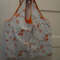 View details for the pattern Charlie Reusable Grocery Bag on BurdaStyle. Reusable Grocery Bags, Sewing Patterns, Arts And Crafts, Orange, Universe, Tutorials, Craft Ideas, Crafty, Couture