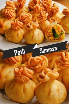 Samosa Recipe, Pakora Recipes, Chaat Recipe, Tasty Vegetarian Recipes, Spicy Recipes, Cooking Recipes, Vegetable Samosa, Indian Dessert Recipes, Samosas