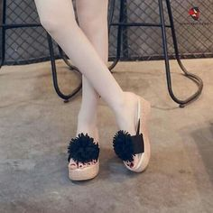 Korean Shoes, Facebook, Heels, Fashion, Heel, Moda, La Mode, Pumps Heels, Fasion
