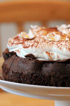 Nigella's Chocolate Cloud Cake - Ren Behan - Author Wild Honey and Rye Nigella Lawson, Just Desserts, Delicious Desserts, Yummy Food, Flourless Chocolate Cakes, Chocolate Desserts, Decadent Chocolate, Cupcakes, Cupcake Cakes