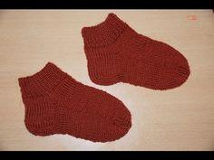 Вязание спицами для начинающих. Носки на 5 спицах .   Knitting for beginners. Socks 5 spokes