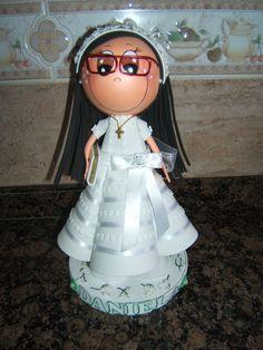 fofucha comunion con gafas