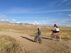 For many, Fruita, Colorado, is a sort of Mountain Biking Mecca. Nestled along the base of the Bookcliff Range, in wide open desert - there are miles of rolling trails, with a gorgeous big sky back...