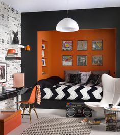 Rock bedroom decor 20 punk rock bedroom ideas home design an Rock Bedroom, Bedroom Wall Colors, Boys Bedroom Decor, Small Room Bedroom, Bedroom Layouts, Small Rooms, Bedroom Ideas, Bedroom Designs, Small Spaces