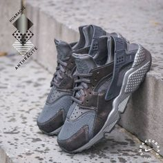 7d21cc463e Nike Wmns Air Huarache 'Anthracite'- An Anthracite colorway flourishes on  the mudguard and the sidepanels which shapes a nice whole with the overall  grey ...