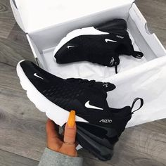Nike Air Max 270 in black - one of the most popular sneakers this year! - Everything is here - Nike Air Max 270 in black – one of the most popular sneakers this year! Hype Shoes, Women's Shoes, Me Too Shoes, Shoe Boots, In Style Shoes, Mules Shoes, Fall Shoes, Cute Shoes Heels, New Shoes