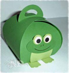 "Frog Curvy Keepsake Box - Finished box size: 2-1/2"" x 2-3/4"" x 2-1/2""."