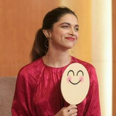 Deepika Padukone for oppo mobile launch Actress Pics, Indian Film Actress, Indian Actresses, Deepika Ranveer, Deepika Padukone Style, Bollywood Celebrities, Bollywood Actress, Dipika Padukone, Just Smile