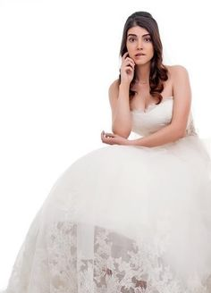 Kaçak Gelinler Kainat Kimdir Turkish Actors, Ideas Para, One Shoulder Wedding Dress, Actresses, Princess, Wedding Dresses, Celebrities, Blog, Beauty