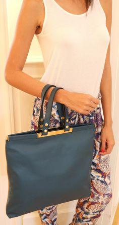 Shopper Turquois by Giancarlo Petriglia