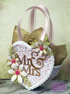 Verity Cards: Wedding gift bag