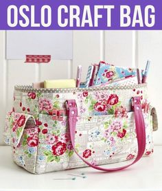 Free video+pdf pattern: oslo craft bag craftz colors craft b Bag Pattern Free, Bag Patterns To Sew, Tote Pattern, Sewing Patterns, Free Tote Bag Patterns, Wallet Pattern, Patchwork Bags, Quilted Bag, Oslo