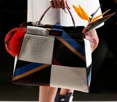 handbag in pelliccia fendi