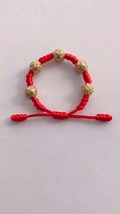 Diy Bracelets With String, Diy Bracelets Easy, Handmade Bracelets, Handmade Jewelry, Diy Crafts Jewelry, Diy Crafts For Gifts, Bracelet Crafts, Jewelry Knots, Beaded Jewelry