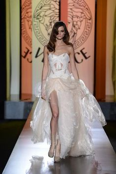 Bridal Couture: Atelier Versace Fall 2012