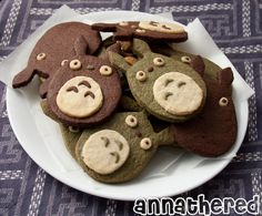 & #totoro cocoa / matcha cookies ^w^ via @theannathered