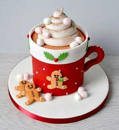 Shared by Carla Christmas Clay, Christmas Cooking, Christmas Desserts, Christmas Treats, Holiday Treats, Christmas Cakes, Cow Cakes, Cupcake Cakes, Christmas Cake Designs