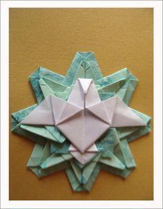 ESPÍRITO SANTO + AIRUMÃ by Harui Origami, via Flickr