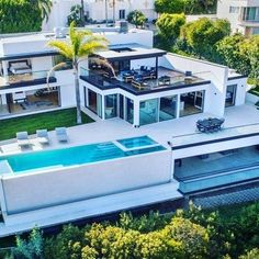 Soulmate24.com California Living at its Finest.⠀ For Listing, Selling and… #realestate #losangeles #luxurylife #luxury #luxe Mens Style