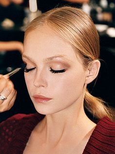 Try these expert tips for big, beautiful  eyes on your wedding day