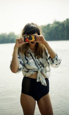 This is so CUTE! <3 I love taking pictures. I used to buy those disposable cameras as a kid, too!