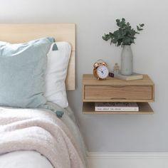 Oak Floating Bedside Table – UrbansizeYou can find Bedside tables and more on our website. Bedroom Furniture, Home Furniture, Bedroom Decor, Wood Bedroom, Table Furniture, Nordic Bedroom, Furniture Stencil, Furniture Design, Bedroom Table