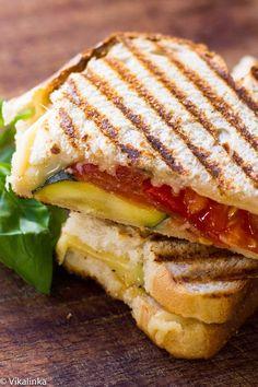 Grilled Gouda and Zucchini Sandwich
