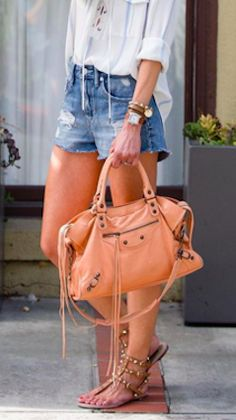 Love this oversized satchel