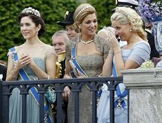 Mary, Maxima and Mette Marit crying at Princess Victoria's wedding. :' )