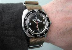 Vostok Amphibian Frogman with Custom Bezel Cheap Watches, Watches For Men, Vostok Watch, Tictac, Watch 2, Vintage Rolex, Men's Collection, Chronograph, Clocks