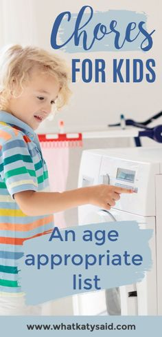 If you are wanting to get the kids involved in keeping the house running smoothly then here is an age appropriate list of chores for all ages. Step Parenting, Parenting Books, Gentle Parenting, Parenting Advice, Peaceful Parenting, Teaching Kids, Kids Learning, Age Appropriate Chores For Kids, Chore List
