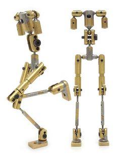 今回の撮影に合わせて、エディのアーマチュア(金属の骨格)を人形関節師の川村徹雄さんに特注で制作をお願いしました。  今までも何度か川村さんの骨格は使わ...