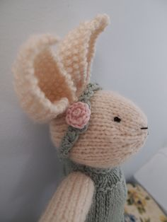 tsheehan's Bunny 2 with Arbor lace edge dress Knitting For Kids, Knitting Projects, Baby Knitting, Crochet Projects, Knitting Patterns, Crochet Patterns, Crochet Borders, Crochet Squares, Stitch Patterns