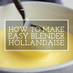 Here's a quick and easy version of the classic French hollandaise sauce made in a blender. Read for eggs benedict in 10 minutes! Sauce Hollandaise Vegan, Blender Hollandaise, Hollandaise Sauce Recipe Video, Egg Sauce Recipe, Sauce For Eggs, Eggs Benedict Sauce, Easy Eggs Benedict, Tasty Videos, Gourmet