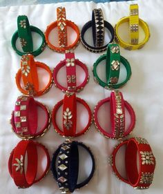 Ideas Crochet Jewelry Bracelet Projects For 2019 Silk Thread Bangles Design, Silk Thread Necklace, Silk Bangles, Bridal Bangles, Thread Jewellery, Handmade Jewelry Designs, Handmade Jewellery, Embroidery Jewelry, Diy Embroidery
