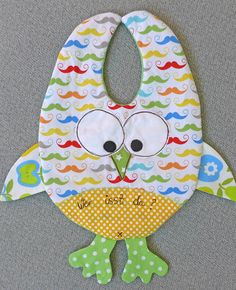 Pattern and tutorial for cute owl bib from Bernina's German site. Pattern is downloadable :)