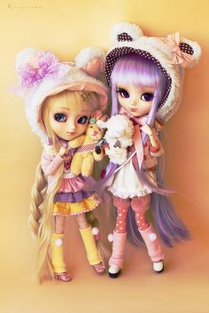 Two Bears by Rinoninha, via Flickr            #doll #pullip