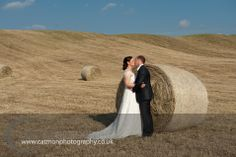 Destination Wedding @ The Lazy Olive in May. Gorgeous landscape as always in Tuscany. Bride & groom are both English.  www.catmonphotography.co.uk
