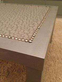 IKEA Hackers: Silver coffee LACK table -tacks on the top are an interesting idea Lack Coffee Table, Ikea Lack Table, Ikea Hackers, Diy Furniture Projects, Furniture Makeover, Paint Furniture, Ikea Furniture, Laquer Une Table, Silver Painted Furniture
