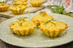Queques de Alecrim, Limão e Nozes * Muffins Rosemary, Lemon and Walnuts