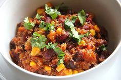 Chili con Quinoa, ein gutes Rezept aus der Kategorie INFORM-Empfehlung. Bewertungen: 106. Durchschnitt: Ø 4,6.