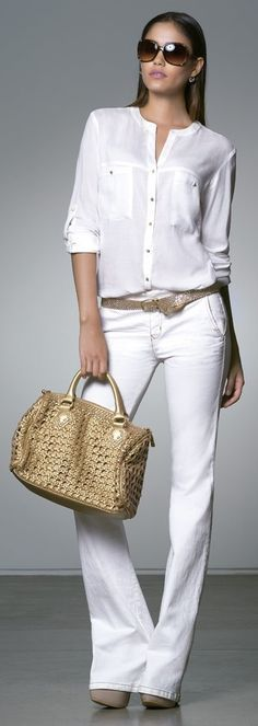 white-chic My Style Night Outfits, Casual Outfits, Fashion Outfits, Womens Fashion, Outfit Night, White Chic, White Style, Classic White, Mode Blog