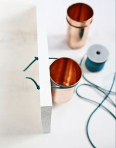 Leather + Copper Cup Organizer DIY (click through for tutorial) Copper Cups, Pot A Crayon, Beautiful Mess, Easy Home Decor, Makeup Organization, Diy Projects To Try, Ceramic Pottery, My Room, Inspiration