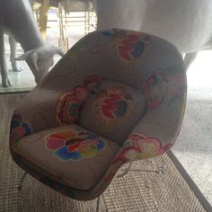 Really well designed chair with a cool print...from Beachcomber Hotel