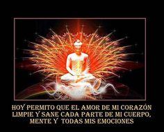 Hoy permito que el amor de mi corazón limpie y sane cada parte de mi cuerpo mente y mis emociones. .#namaste #afirmaciones #affirmations  #love #heart #positivevibes #positivethinking #meditation #yoga  #yosoy #friday #wordsofwisdom #instaquote #spiritual #sacred #mindfullness #iloveme #iam #iamlove