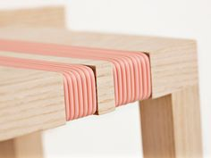 Tabouret inspiration Malabar par Ditte Hammerstrom. Wouldn't this look even better if the seat edge was rounded to match the binding?